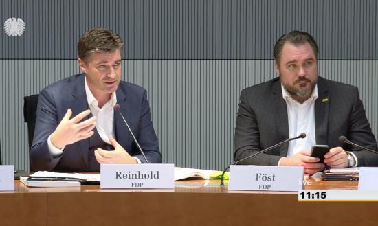 Foto Reinhold und Föst im Ausschuss