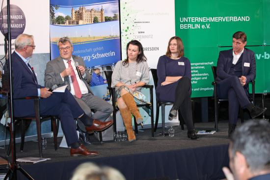 Unternehmer im Gespräch mit den Parlamentariern